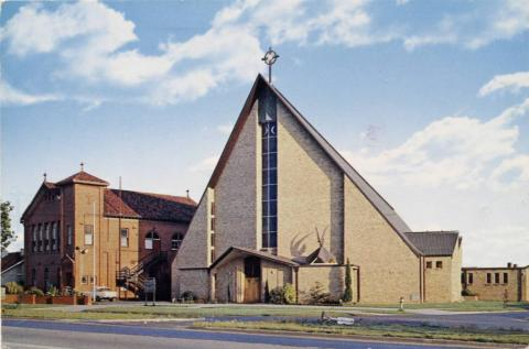 Holy Eucharist Church, Chadstone
