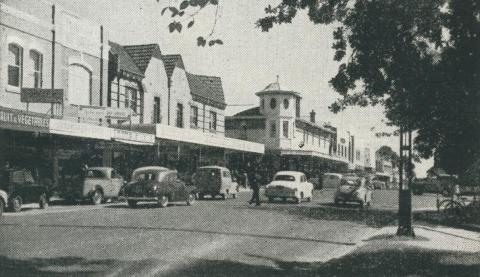Whitehorse Road, Box Hill, 1956