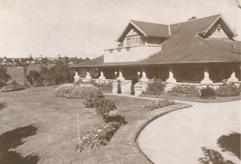 Runnymeade House, Elmo Ave, Alphington, 1937