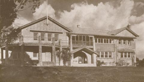 Rosanna Golf Club House, 1937