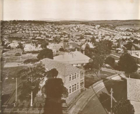 Ivanhoe, as seen from the clock tower of the new Town Hall, 1937