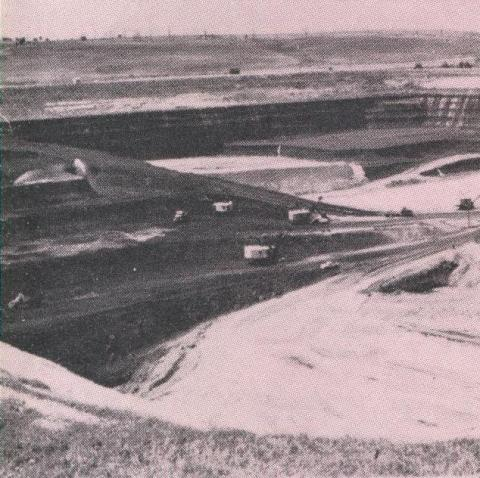 Maddingley Open Cut Coal Mine, 1968