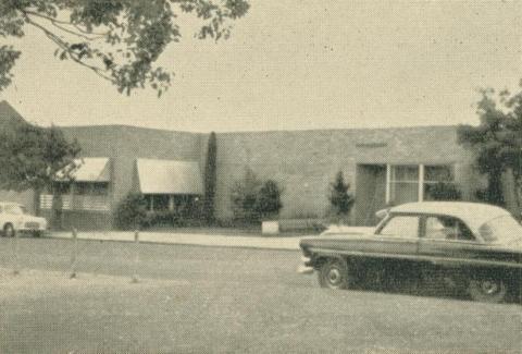 Yallourn Public Library, 1961