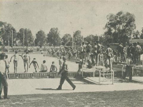 Olympic Pool, Wangaratta, 1960
