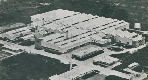 Bruck's rayon mills, Wangaratta, c1952