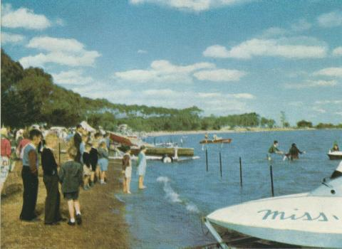 Speedboat racing, Lake Bolac, 1958