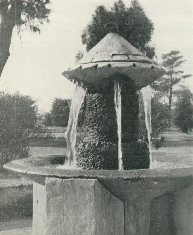 Mineral Water Fountain, Victoria Park, Sale, 1938