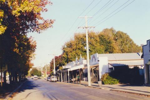 Violet Town, 2000