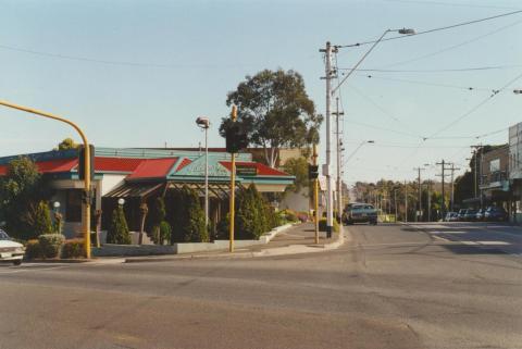 Corner of Camberwell and Toorak roads, Hartwell, 2000