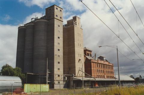 Albion, 2000