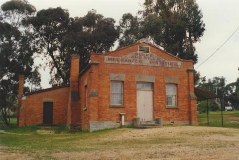 Burke and Wills Mechanics Institute, Fryerstown, 2000