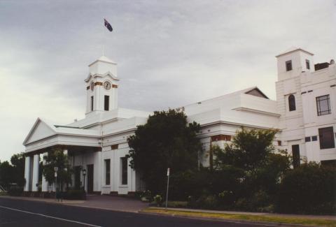 Caulfield Town Hall, 2000