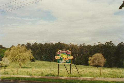 Gembrook land sale, 2001