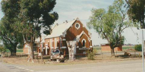 Pine Lodge Uniting Church, 2002