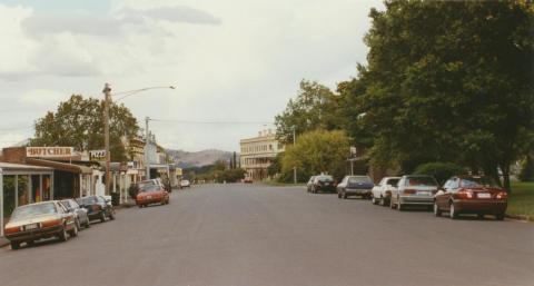 Main street, Lancefield, 2002