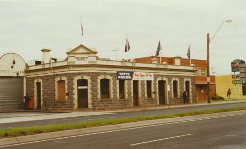 Braybrook Hotel, 2002