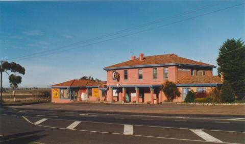 Diggers Rest Hotel, 2002