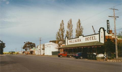 Willaura Hotel, 2002