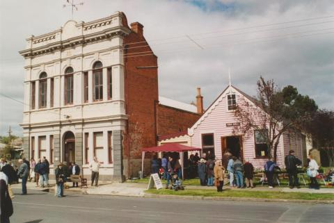 Talbot, former borough hall and ANA hall, market day, 2004