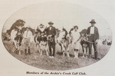 Archies Creek calf club, 1932