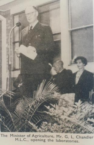 Opening of Scoresby Horticultural Research Station laboratory, 1956