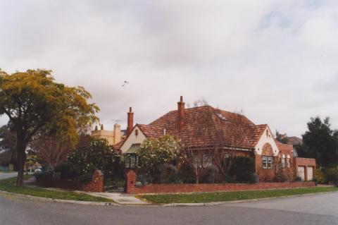 Melcombe Road, Ivanhoe, 2011