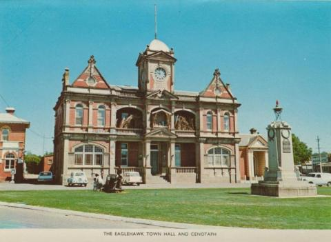 The Eaglehawk Town Hall and Cenotaph