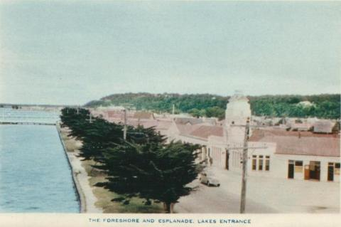 The Foreshore and Esplanade, Lakes Entrance, 1955