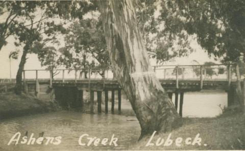 Ashens Creek, Lubeck