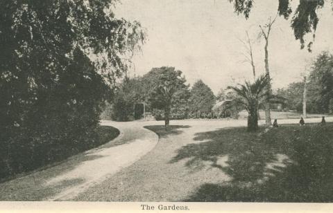 The Gardens, Malvern, 1922
