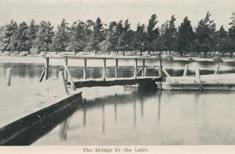 The Bridge by the Lake, Maryborough