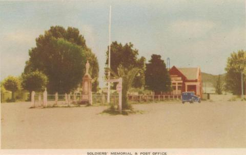 Soldiers' Memorial and Post Office, Myrtleford, 1953