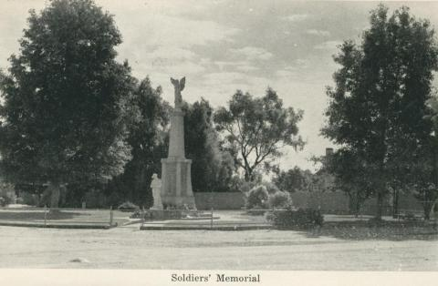 Soldiers' Memorial, Numurkah, 1950