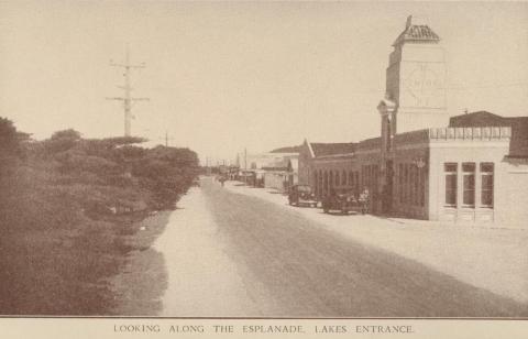 Looking along The Esplanade, Lakes Entrance