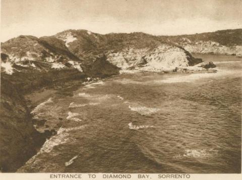 Entrance to Diamond Bay, Sorrento