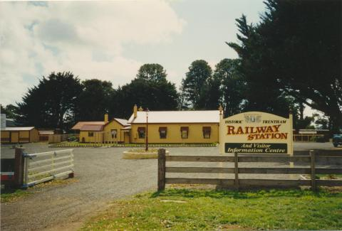 Historic Trentham Railway Station, 2003