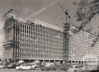Construction of Humanities building (Robert Menzies Building), Clayton, 1964