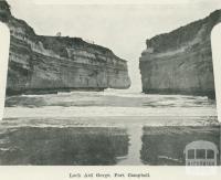Loch Ard Gorge, Port Campbell, 1918