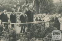 Opening of the Herald Sun Art Show, East Melbourne Treasury Gardens, 1959