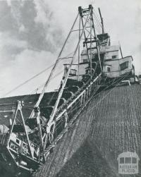 Coal dredger, Yallourn open cut, 1954