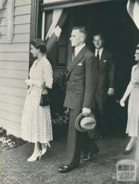 President of the Shire of Traralgon escorts the Queen from the Railway Station, 1954