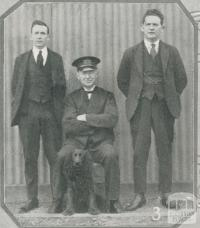 Station master McMasters and his staff at Charlton, 1927