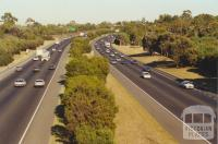 Monash Freeway from Middleborough Road towards Melbourne city, 2000