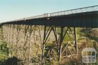 Rail viaduct Maribyrnong River, 2000
