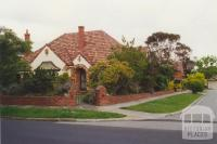 Hampton Court, Ivanhoe (Jennings estate), 2000