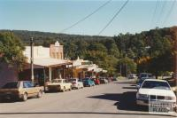 Cockatoo main street, 2001