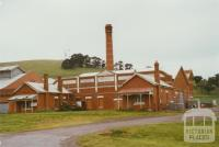 Glenormiston butter and cheese factory, Noorat, 2002