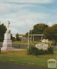 Yinnar War Memorial, 2003