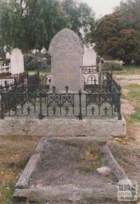 Bowenvale cemetery, 2008