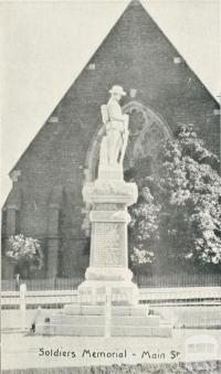 Soldiers Memorial  - Main Street, Stawell, c1925